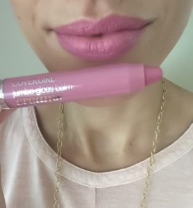 battle-of-the-drugstore-lip-crayons-covergirl