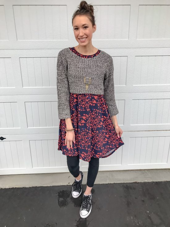 10 ways to wear a LulaRoe Carly dress- casual 5