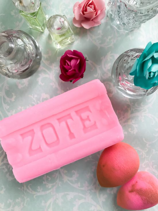 How I Clean My Beauty Blender- Zote and dirty sponges