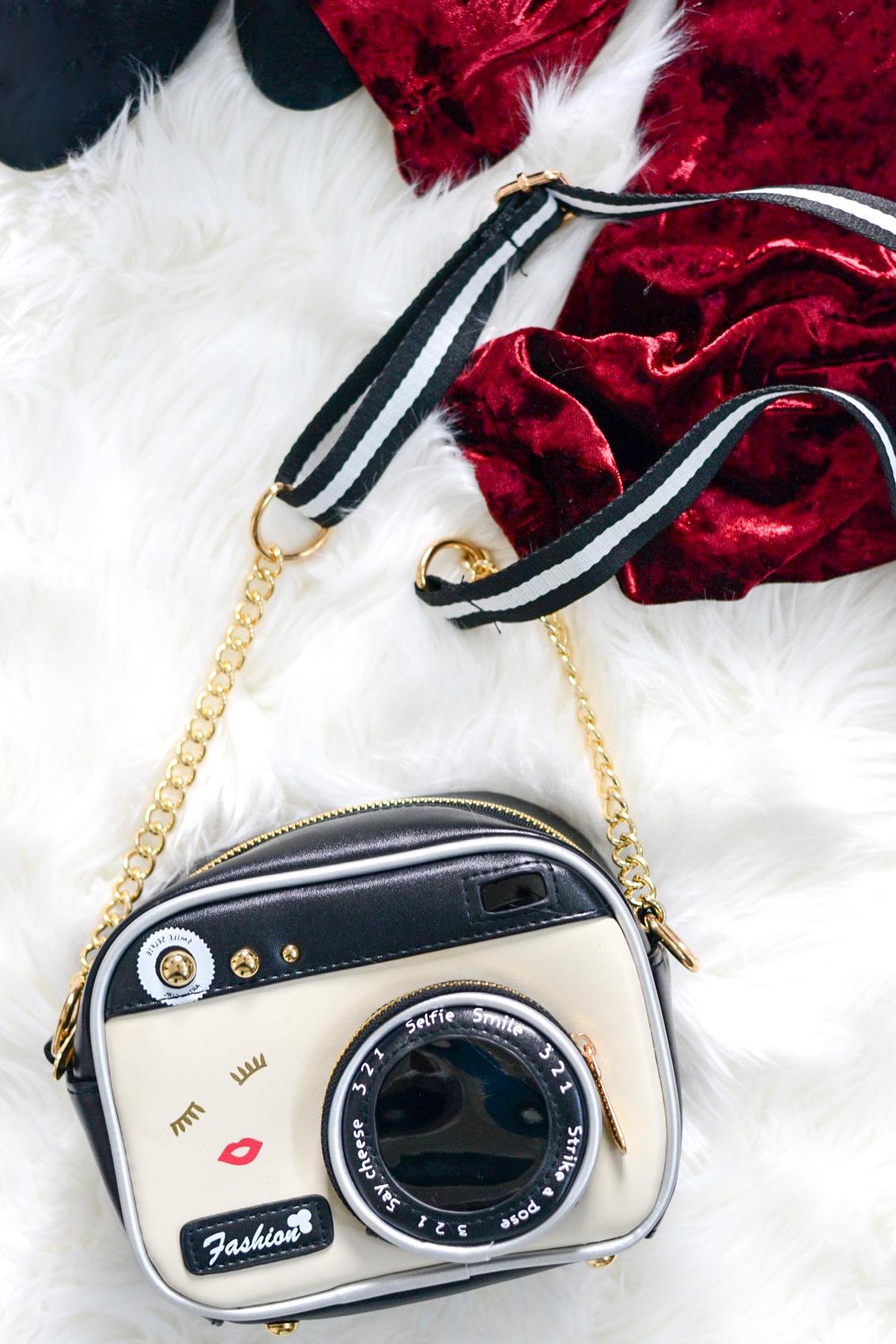 A Few Quick Gift Ideas for Girly Girls- Zaful camera purse