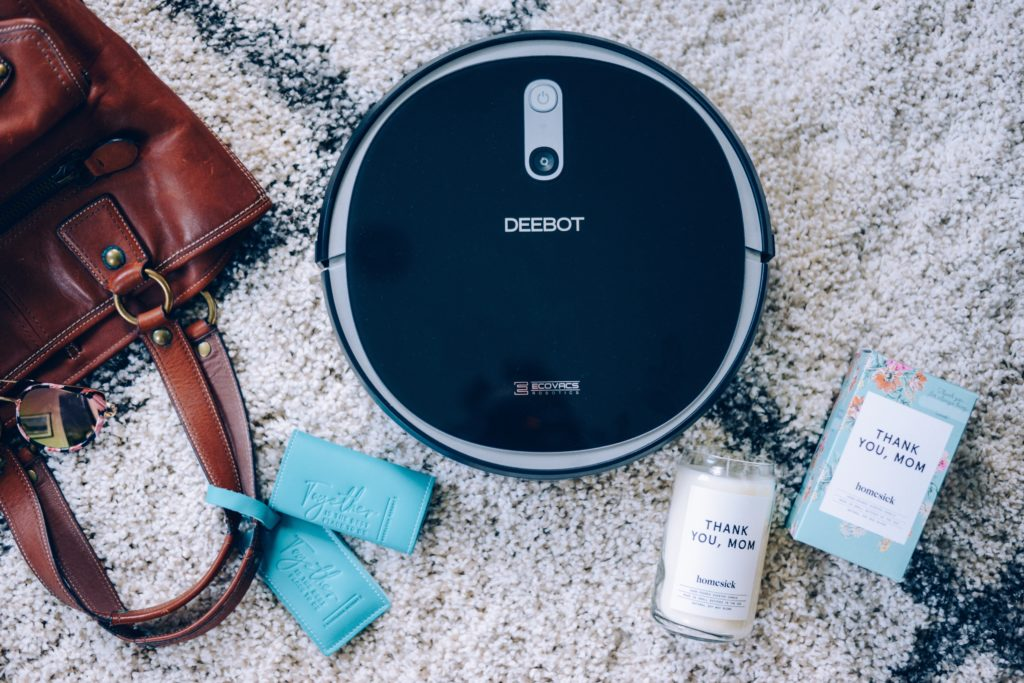 Woodloch, Deebot, Homesick Candle, Mother's Day Gifts